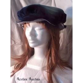 Chapeau Renaissance en velours bleu