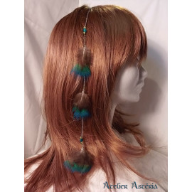Chaînette cheveux plumes duvet de paon